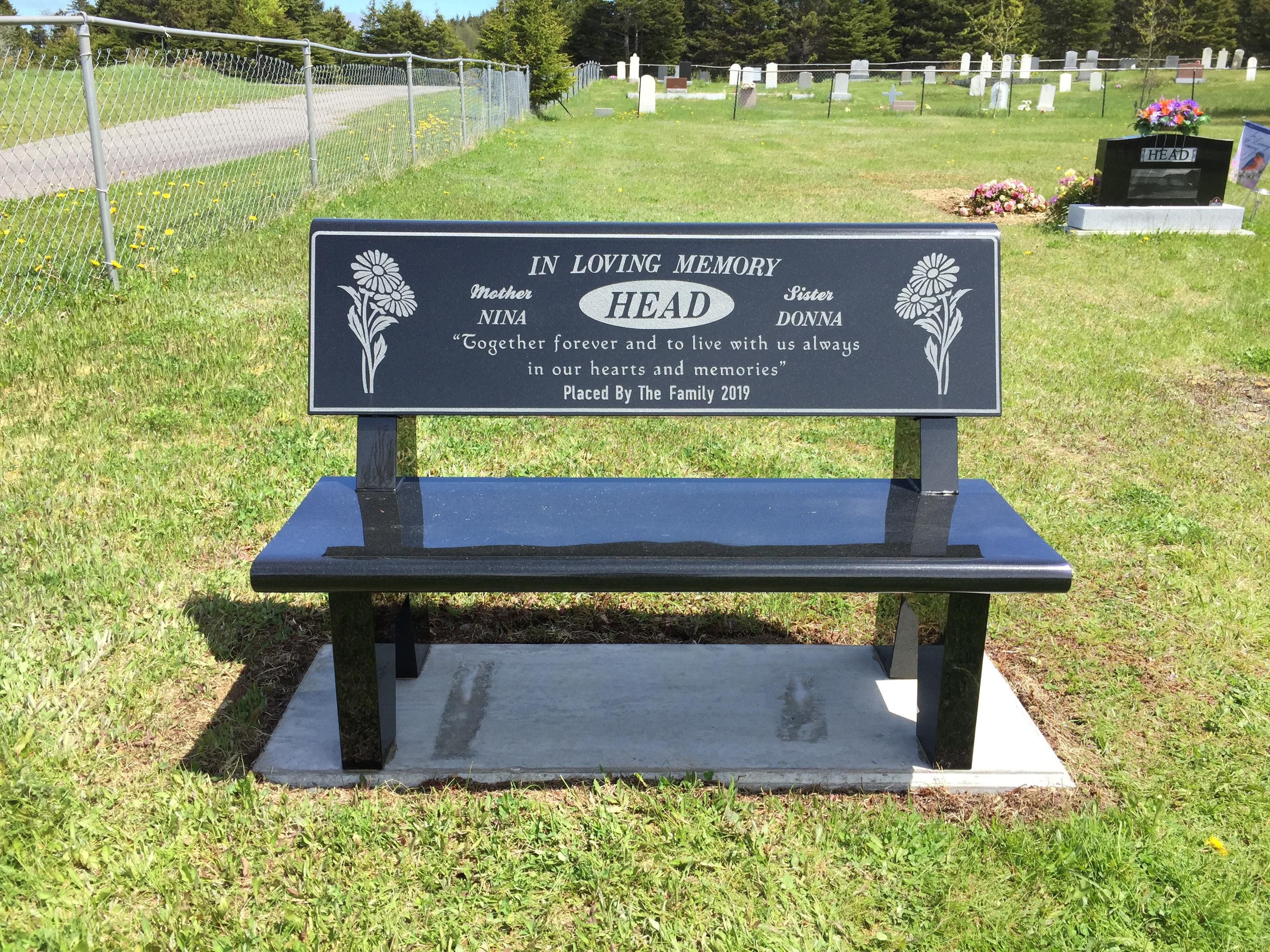 Head bench